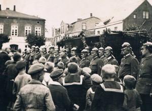 Übergabe des 2. Löschfahzeuges 1930